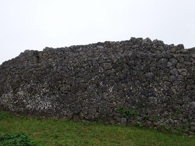 中城城跡石垣1