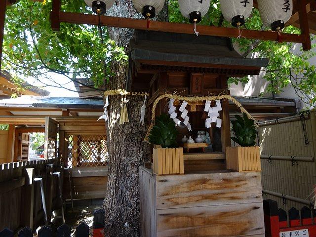 方違神社19