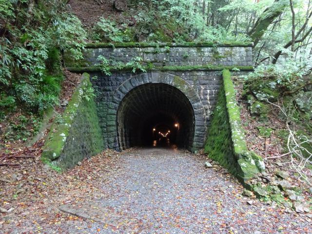 天城山隧道2