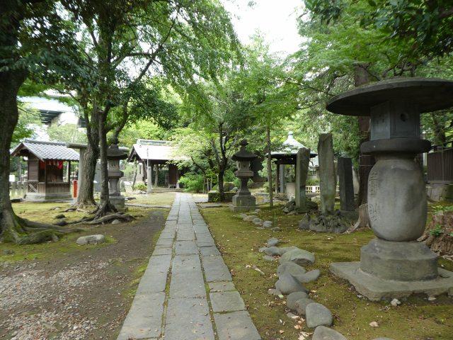 三囲神社12