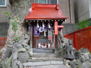 三囲神社20
