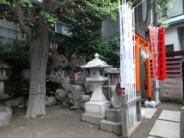 飛木稲荷神社1
