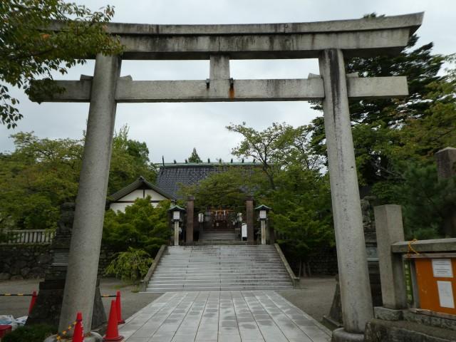 宇多須神社2