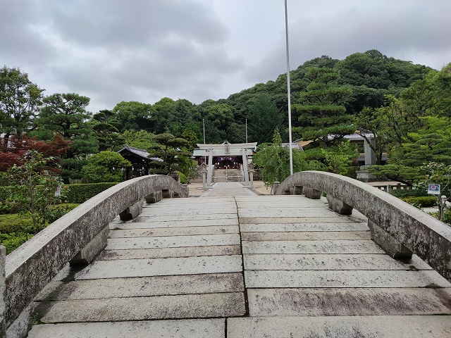 鶴羽根神社4